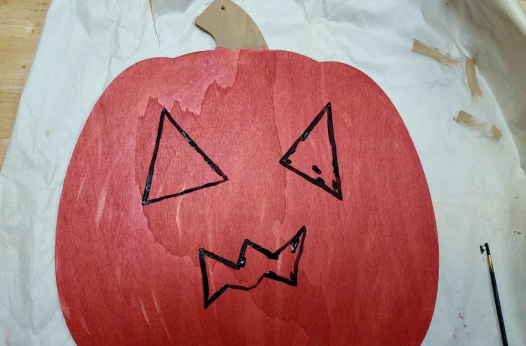 outline pumpkin face